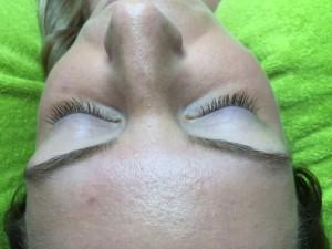 Wimpernverlängerung - Vorher Bild