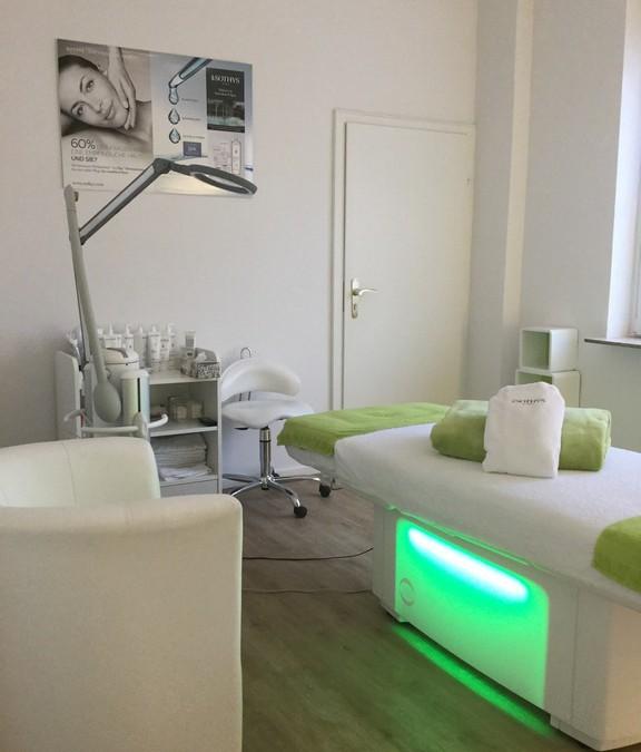 Kosmetik und Wellnessbehandlungen Neuss